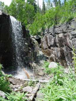 Another waterfall near the Artists' waterfall